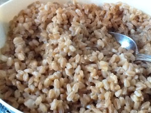 This is farro that I steamed with a 2:1 grain/water ratio